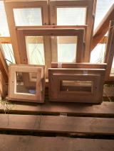 Деревянные окна, двери и погонажные изделия